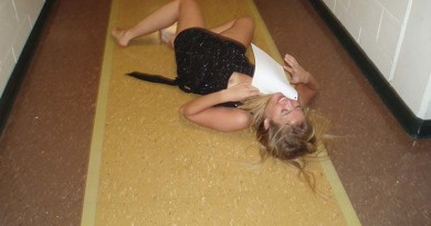 drunk girl nip slip