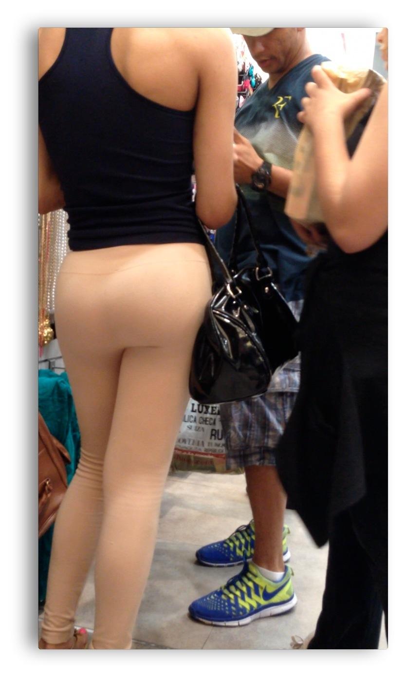 big ass in yoga pants 08