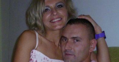 wife upskirt