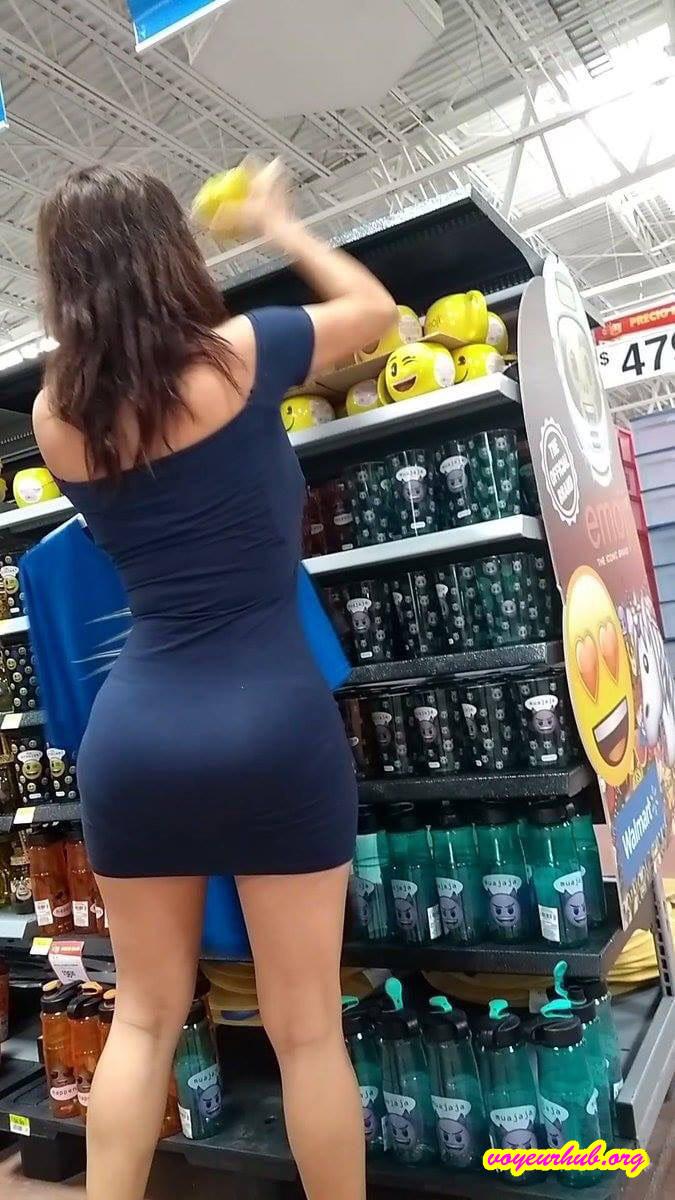 MILF tight dress