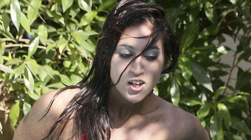 bikini wardrobe malfunction